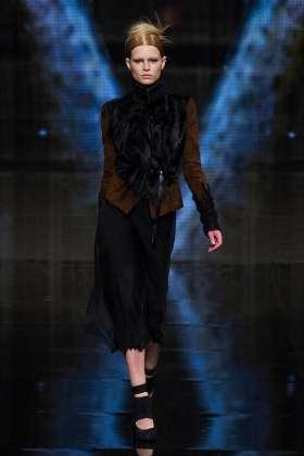 Anna Ewers - Donna Karan 2014 Sonbahar-Kış Koleksiyonu