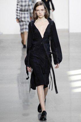 Adrienne Jüliger - Calvin Klein Collection Fall 2016 Ready to Wear