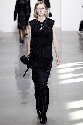 Julia Nobis - Calvin Klein Collection Fall 2016 Ready to Wear