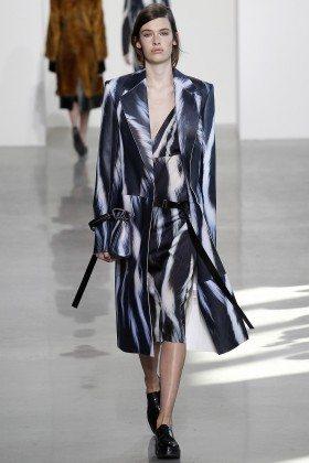 Mia Quinn - Calvin Klein Collection Fall 2016 Ready to Wear