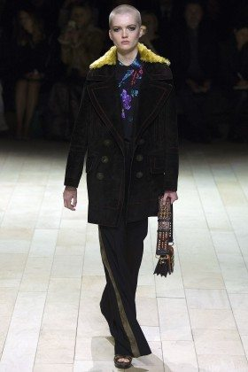 Ruth Bell - Burberry Fall 2016 Ready-to-Wear