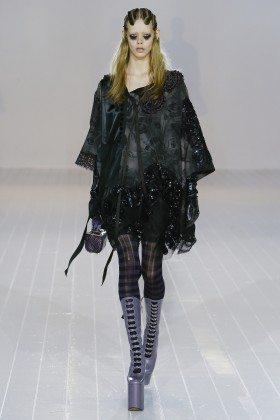 Ondria Hardin - Marc Jacobs Fall 2016 Ready to Wear