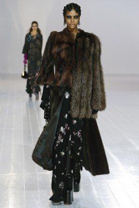 Karly Loyce - Marc Jacobs Fall 2016 Ready to Wear
