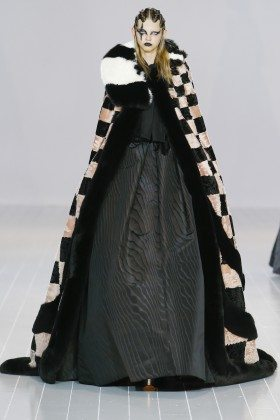 Molly Bair - Marc Jacobs Fall 2016 Ready to Wear
