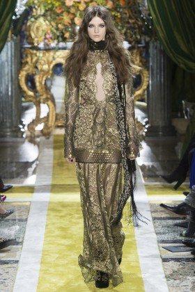 Anka Kuryndina - Roberto Cavalli Fall 2016 Ready-to-Wear