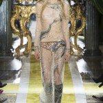 Kirin Dejonckheere - Roberto Cavalli Fall 2016 Ready-to-Wear