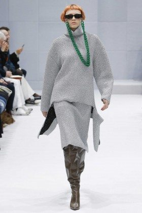 Katie Moore - Balenciaga Fall 2016 Ready-to-Wear