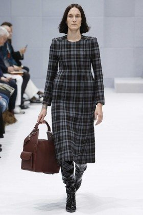 Jane Moseley - Balenciaga Fall 2016 Ready-to-Wear