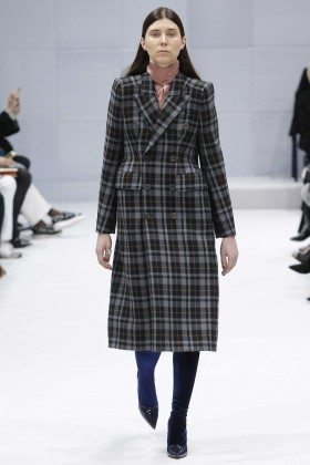 Balenciaga Fall 2016 Ready-to-Wear