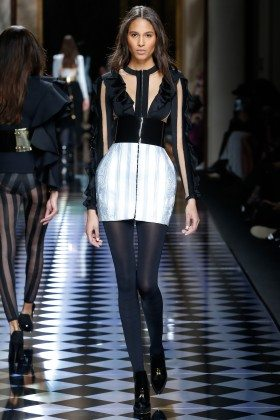 Cindy Bruna - Balmain Fall 2016 Ready-to-Wear