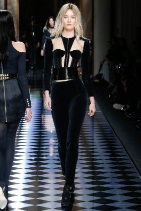 Jac Jagaciak - Balmain Fall 2016 Ready-to-Wear