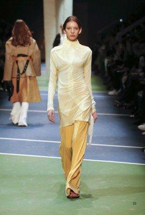Caroline Reagan - Céline Fall 2016 Ready-to-Wear