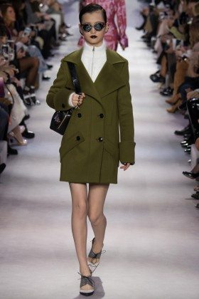 Wangy Xin Yu - Christian Dior Fall 2016 Ready-to-Wear