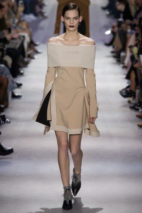 Lena Hardt - Christian Dior Fall 2016 Ready-to-Wear