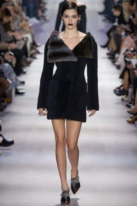 Kendall Jenner - Christian Dior Fall 2016 Ready-to-Wear