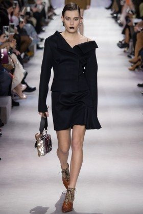 Vera Van Erp - Christian Dior Fall 2016 Ready-to-Wear