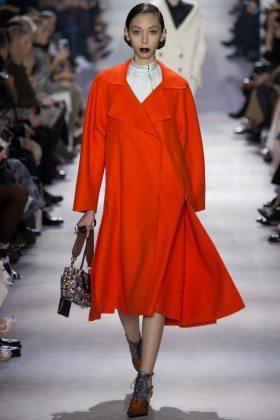 Issa Lish - Christian Dior Fall 2016 Ready-to-Wear
