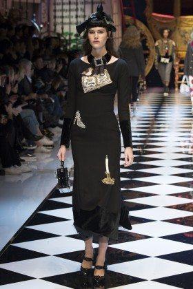 Vanessa Moody - Dolce & Gabbana Fall 2016 Ready-to-Wear