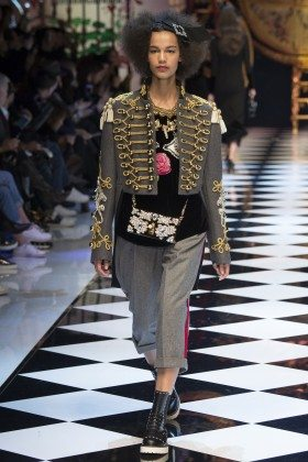 Shelby Hayes - Dolce & Gabbana Fall 2016 Ready-to-Wear