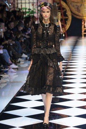 Antonina Petkovic - Dolce & Gabbana Fall 2016 Ready-to-Wear