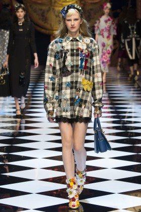 Paula Galecka - Dolce & Gabbana Fall 2016 Ready-to-Wear
