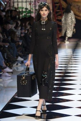 Giulia Manini - Dolce & Gabbana Fall 2016 Ready-to-Wear