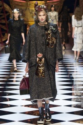 Alexandra Elizabeth - Dolce & Gabbana Fall 2016 Ready-to-Wear