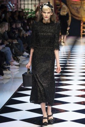 Lena Hardt - Dolce & Gabbana Fall 2016 Ready-to-Wear