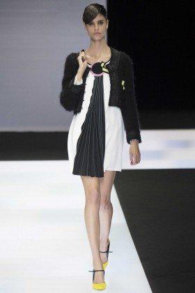 Antonina Petkovic - Emporio Armani Fall 2016 Ready-to-Wear