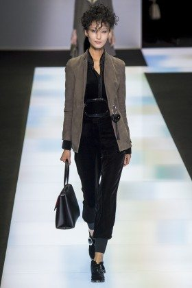 Giorgio Armani Fall 2016 Ready-to-Wear