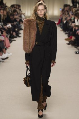 Julia Nobis - Lanvin Fall 2016 Ready-to-Wear