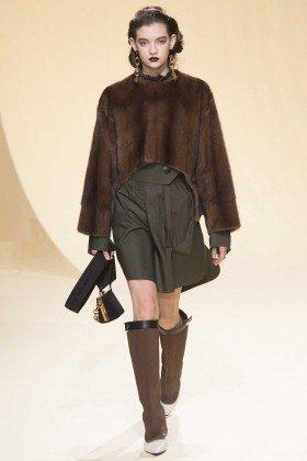 Julia Ratner - Marni Fall 2016 Ready-to-Wear