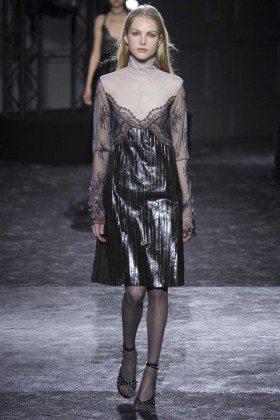 Kirin Dejonckheere - Nina Ricci Fall 2016 Ready-to-Wear