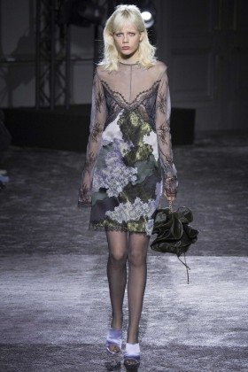 Marjan Jonkman - Nina Ricci Fall 2016 Ready-to-Wear