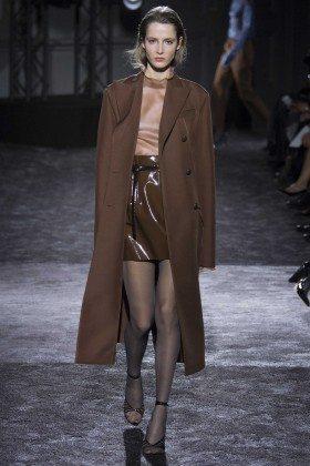 Yana Van Ginneken - Nina Ricci Fall 2016 Ready-to-Wear