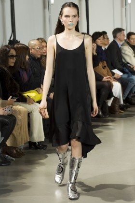 Lily Stewart - Paco Rabanne Fall 2016 Ready-to-Wear