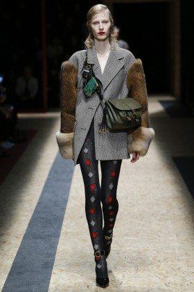 Julia Nobis - Prada Fall 2016 Ready-to-Wear