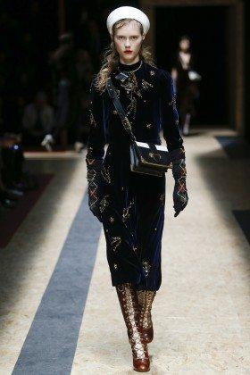 Julie Hoomans - Prada Fall 2016 Ready-to-Wear