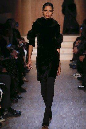 Lineisy Montero - Givenchy Fall 2016 Ready-to-Wear