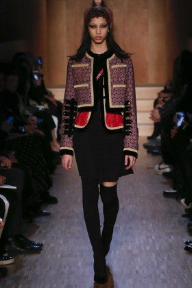 Yasmin Wijnaldum - Givenchy Fall 2016 Ready-to-Wear