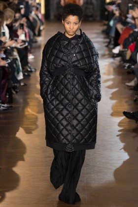 Lineisy Montero - Stella McCartney Fall 2016 Ready-to-Wear